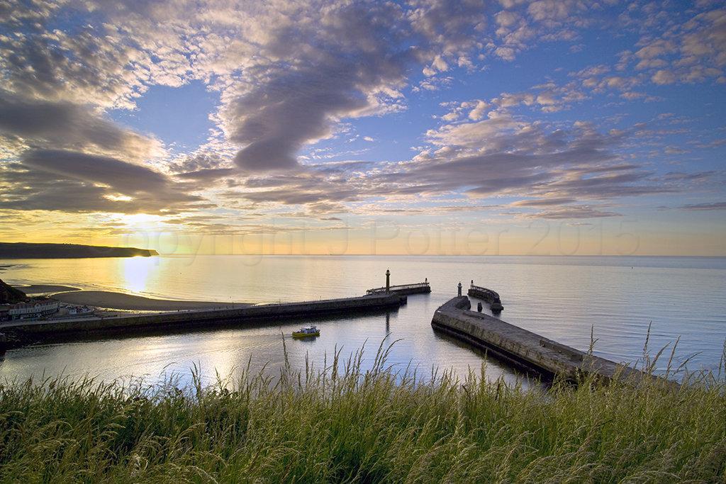 0946 Whitby Summer Sunset