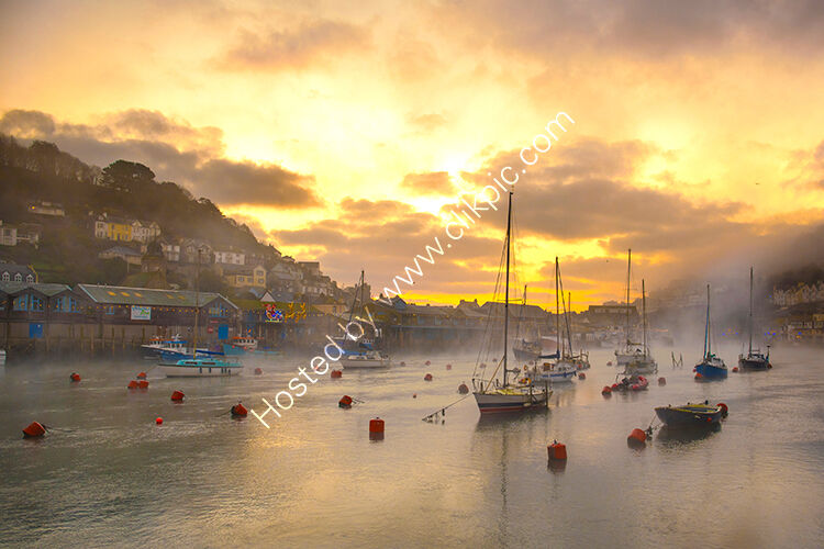 Looe harbour, dawn early in January.