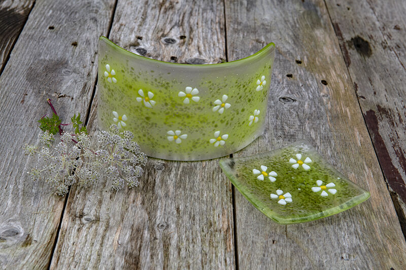 Daisy Flower curve and trinket dish set