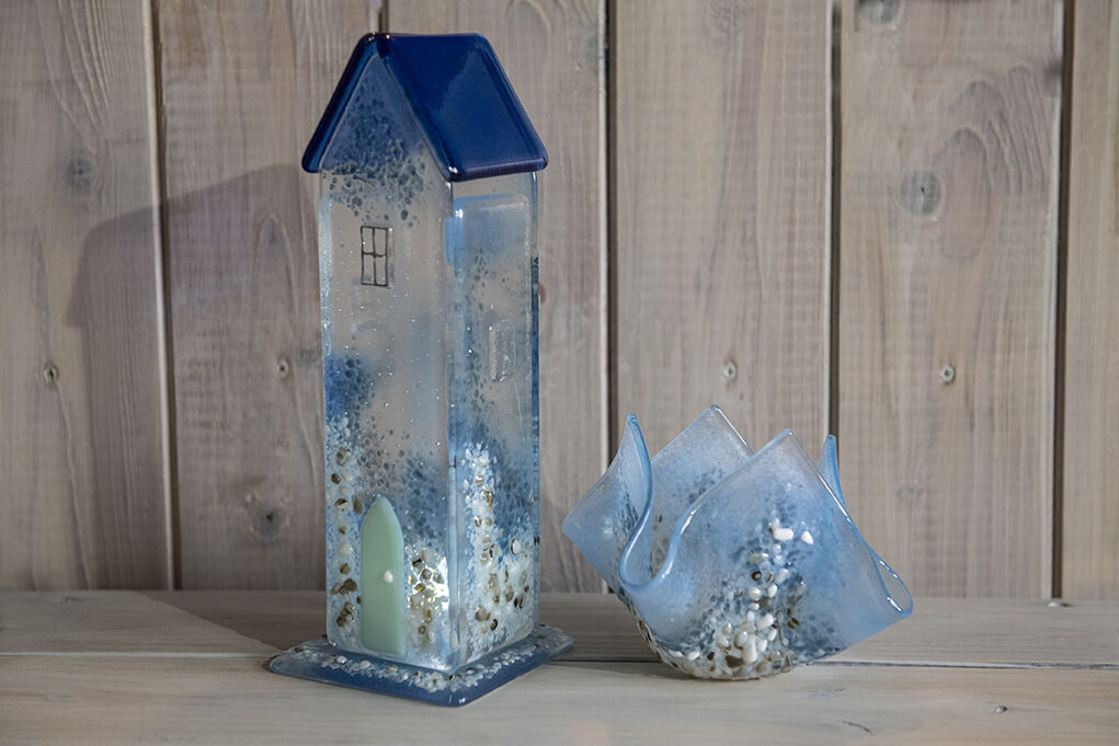 Seashore Cottage and Tea light vase