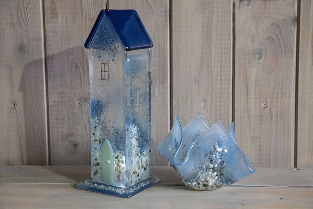 Seashore Cottage and Tea light vase