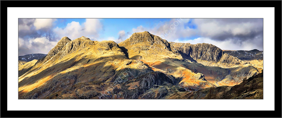 Langdale Pikes & Dungeon Ghyll