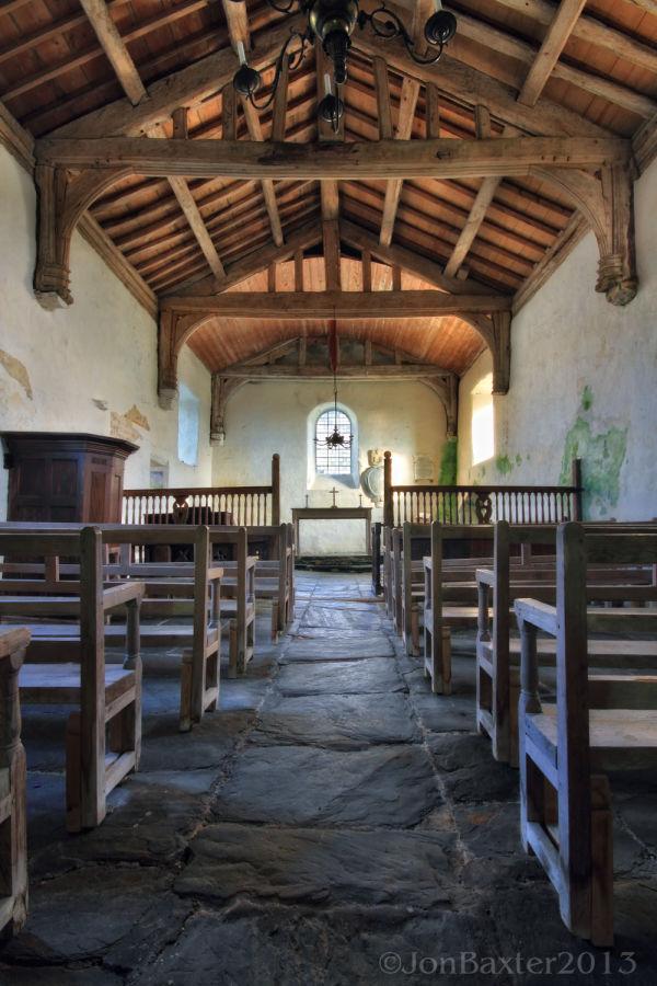 Llangelynnin Church ......