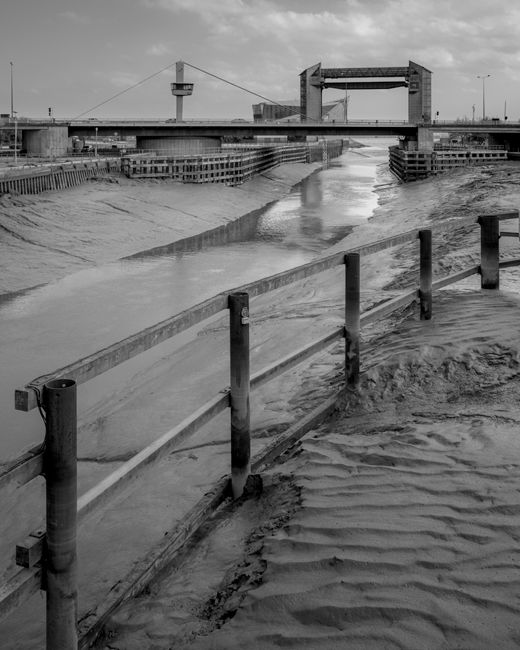 'South from Scale Lane Swing Bridge'