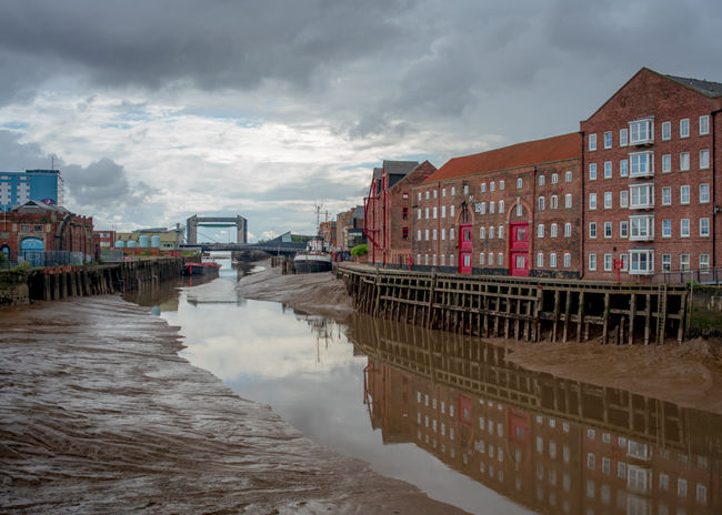 'Looking south from Drypool Bridge'