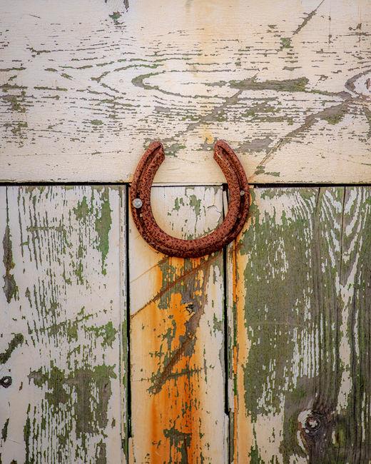 'Horeshoe Door'