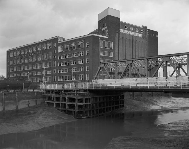 'Clarence Mill and Drypool Bridge'