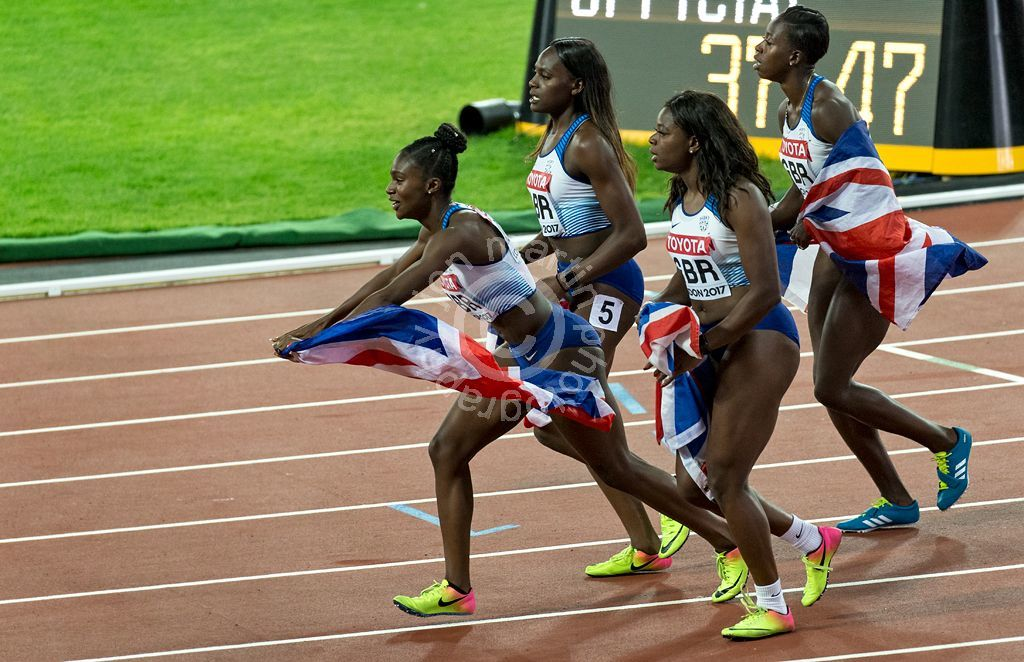2017 Worlds 100m Relay Celebration
