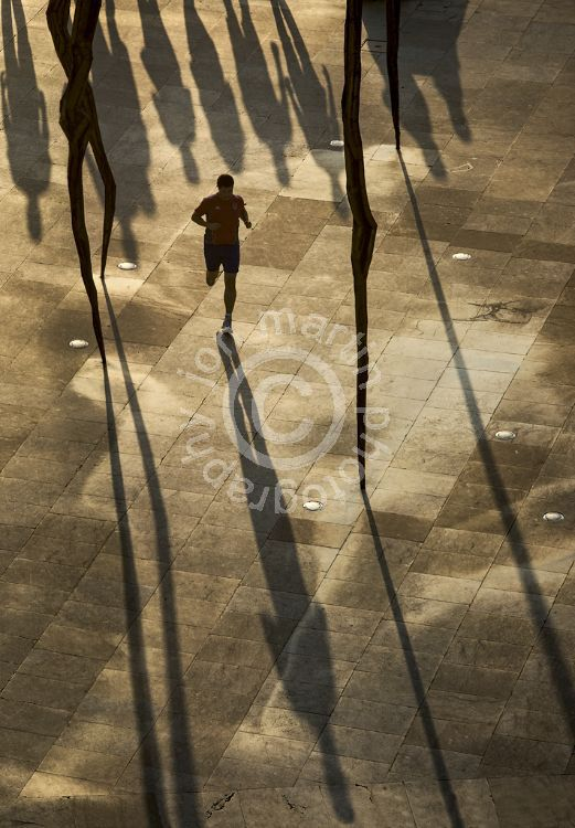 Chasing Shadows, Bilbao