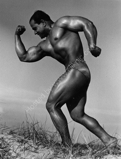 Strong Man - 1952