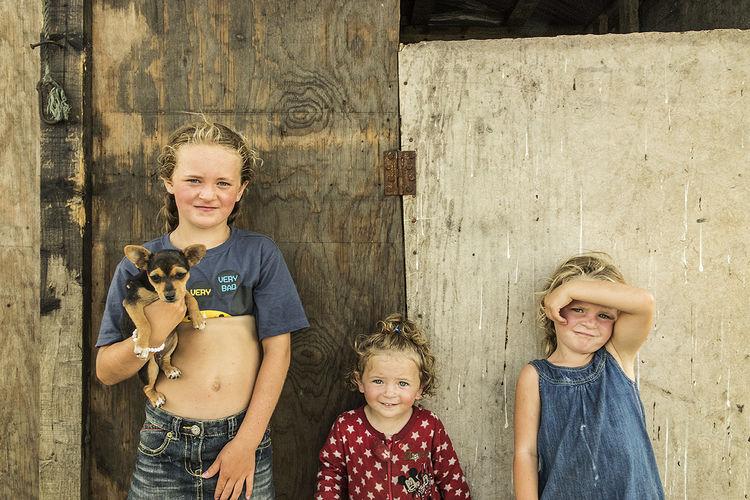 Katelyn, Teresa and Nikita, sisters, roadside campsite, Tipperary, Ireland 2018