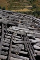 Wooden roof in need of repair, Manaslu