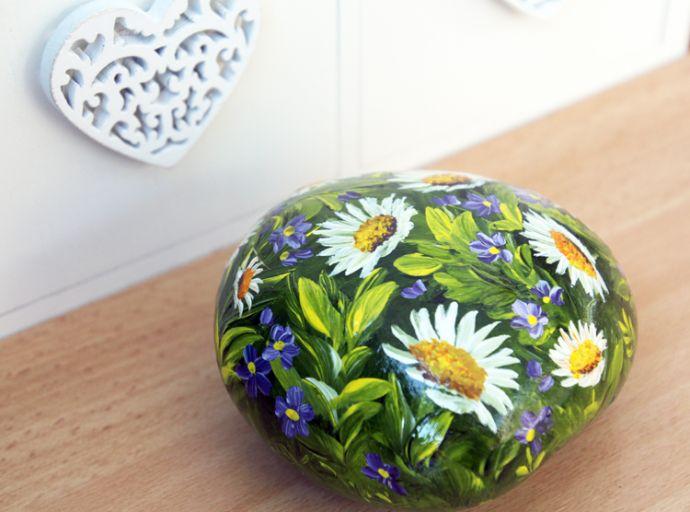 Daisy Garden Sold