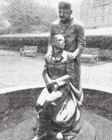 McIndoe Statue