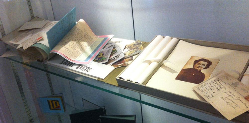 Personal Histories, Julie Macbean, Artist book box