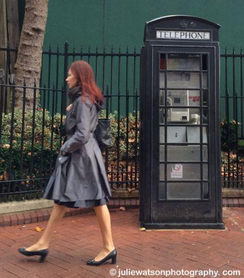 black phonebox 0440
