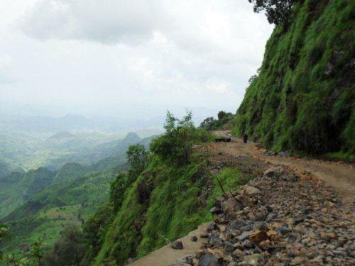 the escarpment road below Wilkifit
