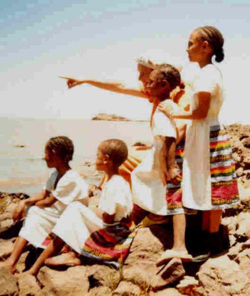 schoolgirls visit Lake Tana