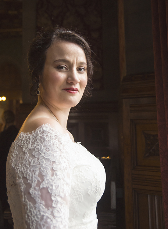 Bridal portrait at Manchester Town Hall