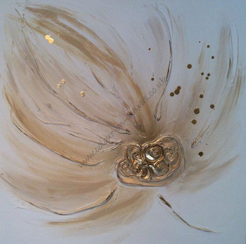 'Buttercream Floral (L)'