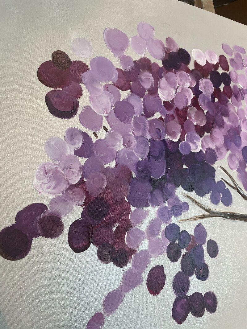 purple lilac blossom close up