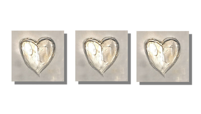 champagne heart canvas art