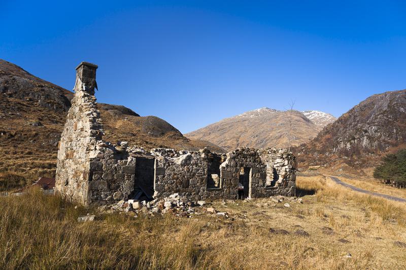 Coireshubh derelict steading, Kinloch Hourn