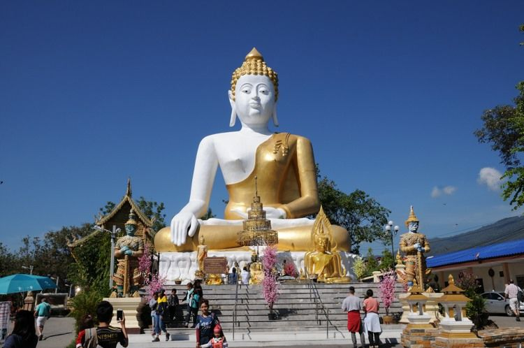 Giant statue of Buddha at Wat Phra That Doi Kham