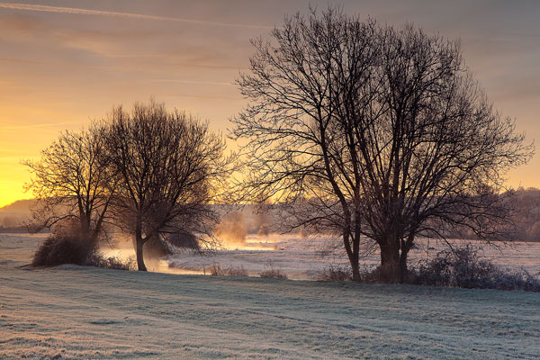 Winter Dawn River Ebble