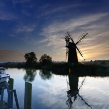How Hill  Windpump