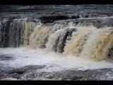 1 Foaming Waterfall