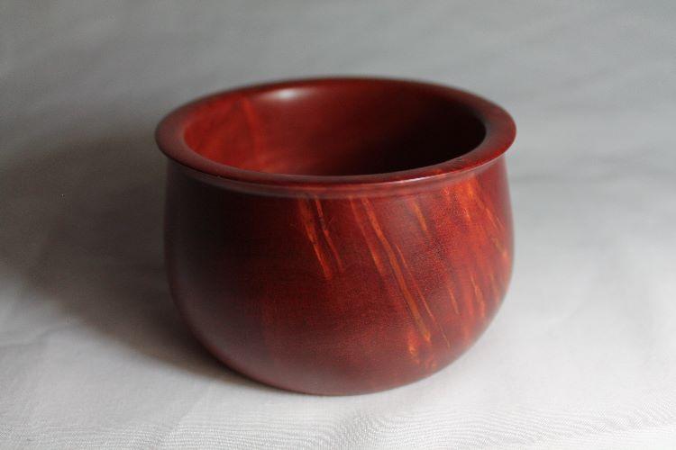 130413 Pink Ivory Rimmed Pot