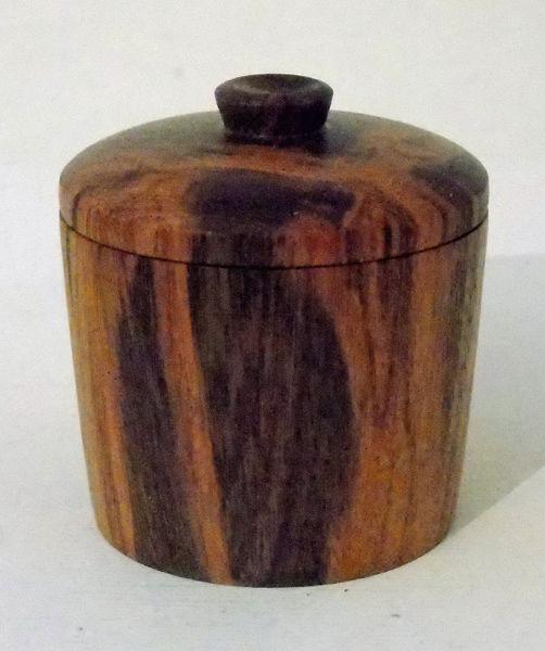 180942-Xylia Lidded Box