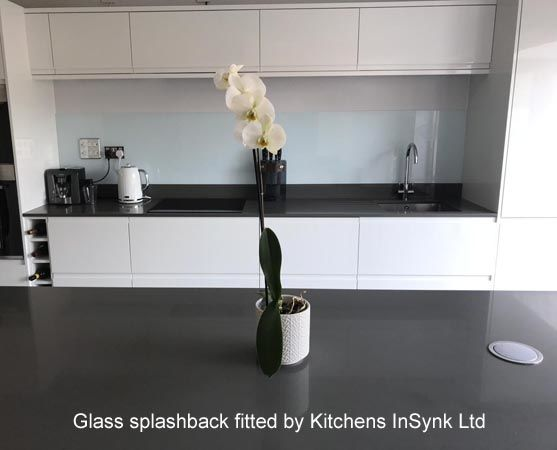 Glass splashback fitted by kitchens insynk ltd solihull