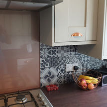 splashbacks by vista and browns 2000 glass,kitchens insynk ltd