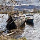 Old wrecks, Loch Ness