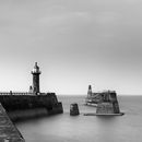 Whitby harbour mono1