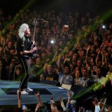 Brian_May_of_Queen_at_Leeds_First_Direct_Arena