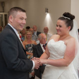 Bride_and_groom_exchange_vowes
