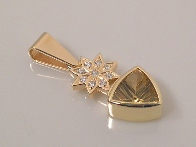 Golden Beryl Pendant