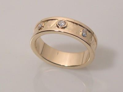 Textured Band w/ Three Diamonds