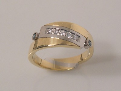 Two-Tone Diamond Band