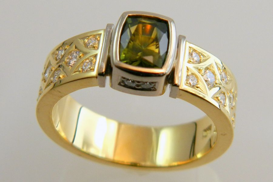 Bi-Color Sapphire Ring