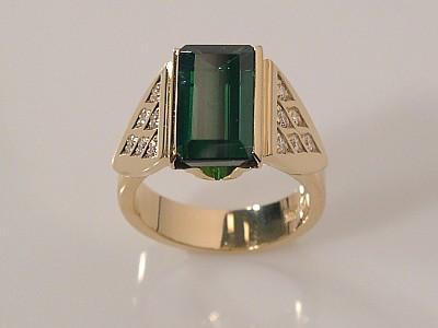 Tourmaline Ring with Diamonds