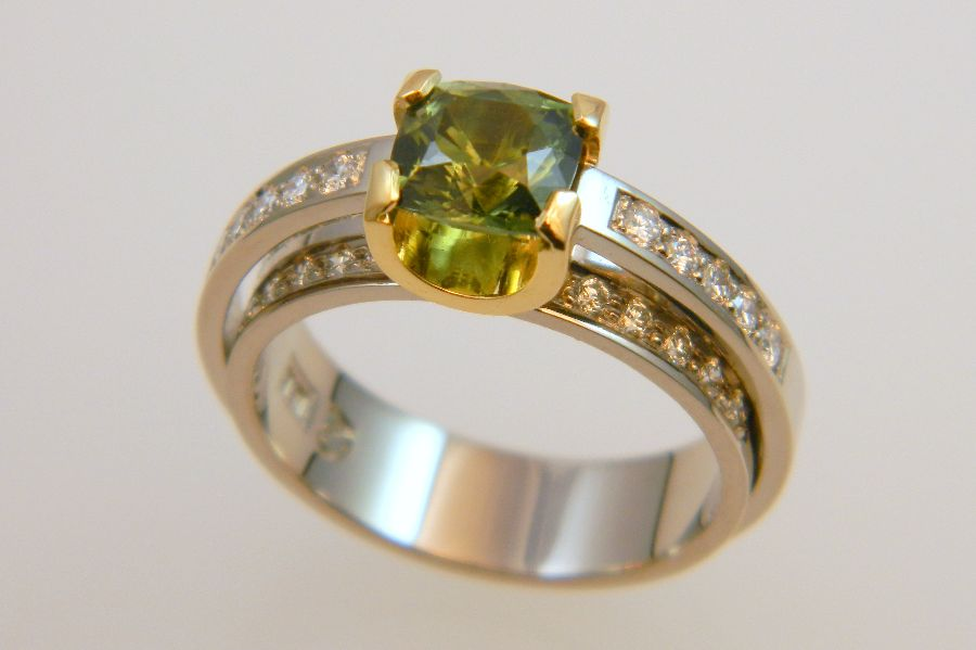Double Shank Ring with Green Sapphire Cushion & Diamonds