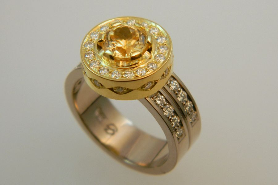 Gold Ring with Yellow Sapphire & Diamonds