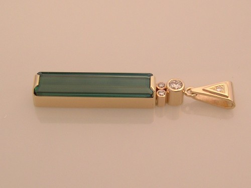 Green Tourmaline & Daimond Pendant