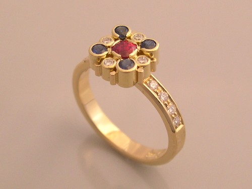 Sapphire - Diamond Ring 18K Gold