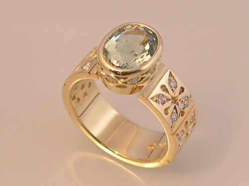 Sea Green Aquamarine Gold Ring