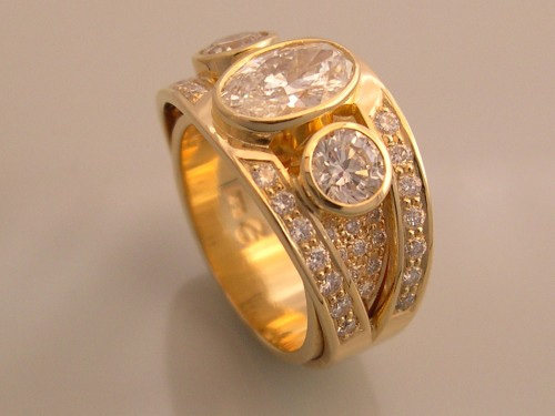 Three Diamond Ring with Pavé